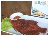 Rumah makan lesehan kampoeng padi 1