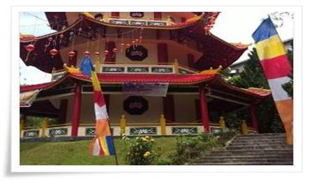 Pagoda Sapta ratna sorong