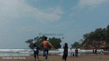 Pantai Pelang Trenggalek